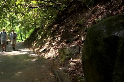 9 picturesque hikes less than an hour from Atlanta