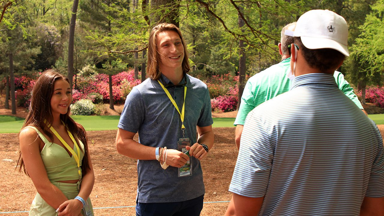 Trevor Lawrence, wife Marissa donate $20K to charity after fans raise money as wedding gift