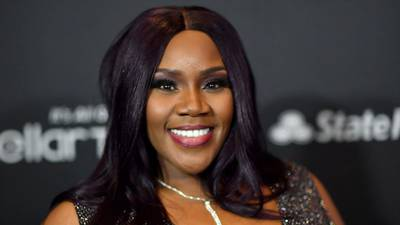 """""""I died"""": Singer Kelly Price reveals that her heart stopped during COVID-19 battle"""