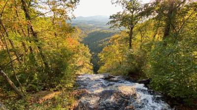 Ready for those fall colors? You've got another couple of weeks to go