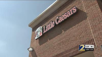 Live flies and gnats: Little Caesars fails recent health inspection