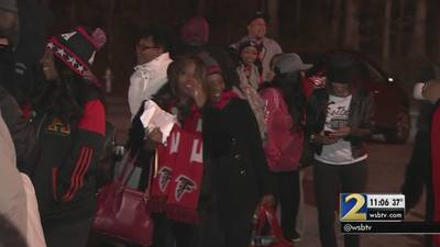 Falcons fans roll out to Houston for Super Bowl