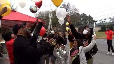 Family of Rayshard Brooks gathers on what would have been his 28th birthday