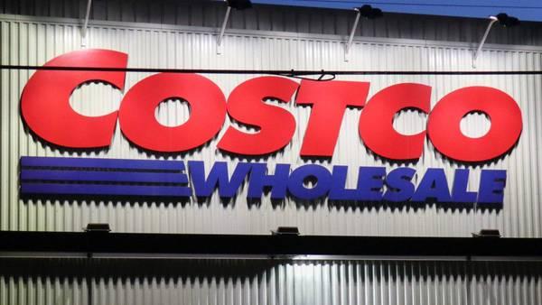 Costco raises employees' minimum hourly wage again