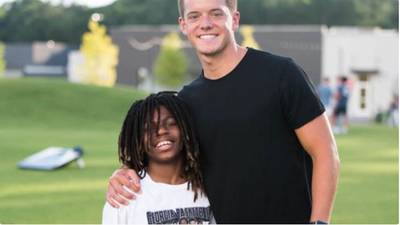 Community raises $200K for 12-year-old who lost 3 family members in Athens fire