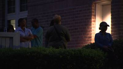 South Fulton voters wait long into the night to cast ballots in Georgia's primary