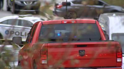 Man found dead in the backseat of truck in Gwinnett County, police say