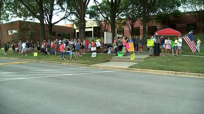 Parents file lawsuit against Gwinnett Board of Education looking to end mask mandate